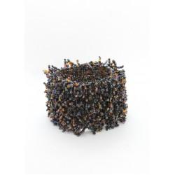 Коралл на резинке широкий черный микс
