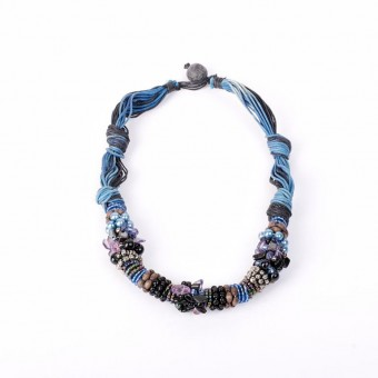 Тугой синий жгут с камнями и текстилем - 0