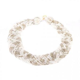 Плоская бело-серебристая коса со стеклярусом - 0